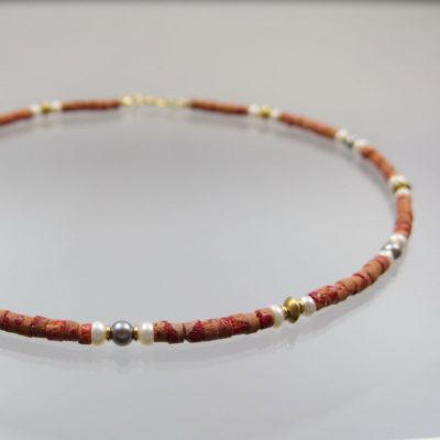 Collier Korallen mit grauen u. weißen Perlen 585 Gold  42,5cm