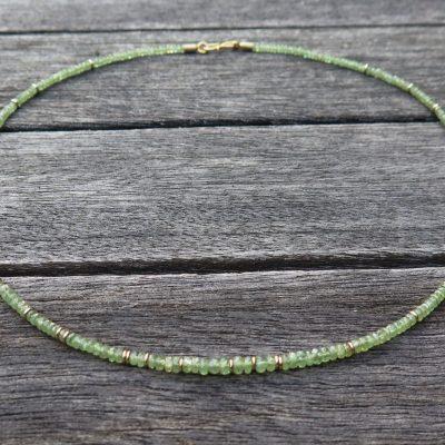 Grüne Granat Kette Demantiod mit  585/- Gelbgold