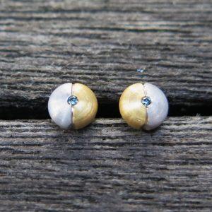 585 Ohrstecker blauer Brillant 0,02 ct  Gelbgold und Weißgold