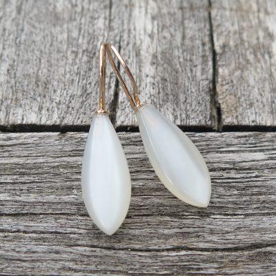 585 Gold Ohrringe mit weißen Mondstein Zwiebeln